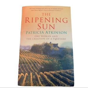 BOGO Free🌻The Ripening Sun softcover NWT